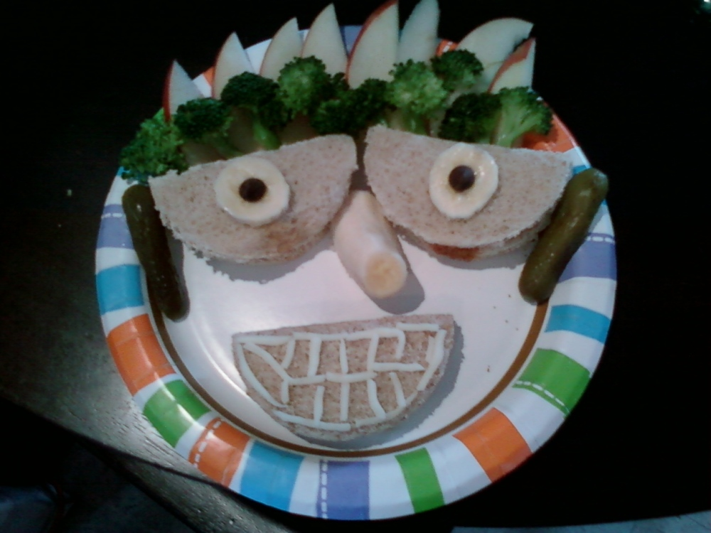 Funny Face Sandwiches (2/4)