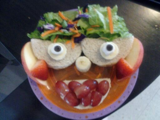 Funny Face Sandwiches (1/4)