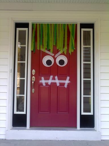 DIY DOOR MONSTER DECORATION FOR HALLOWEEN (1/2)