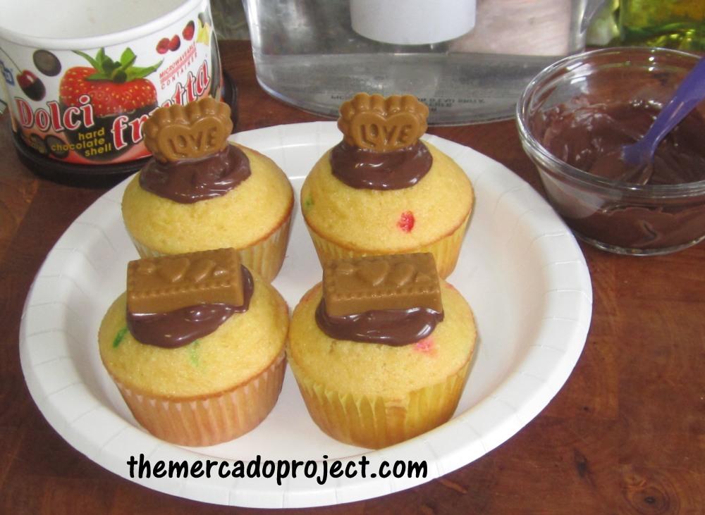 Butter Scotch candy + Funfetti Cupcakes = Yumminess! (3/4)